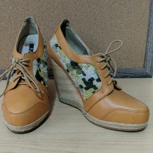Matiko wood and Tweed Wedges